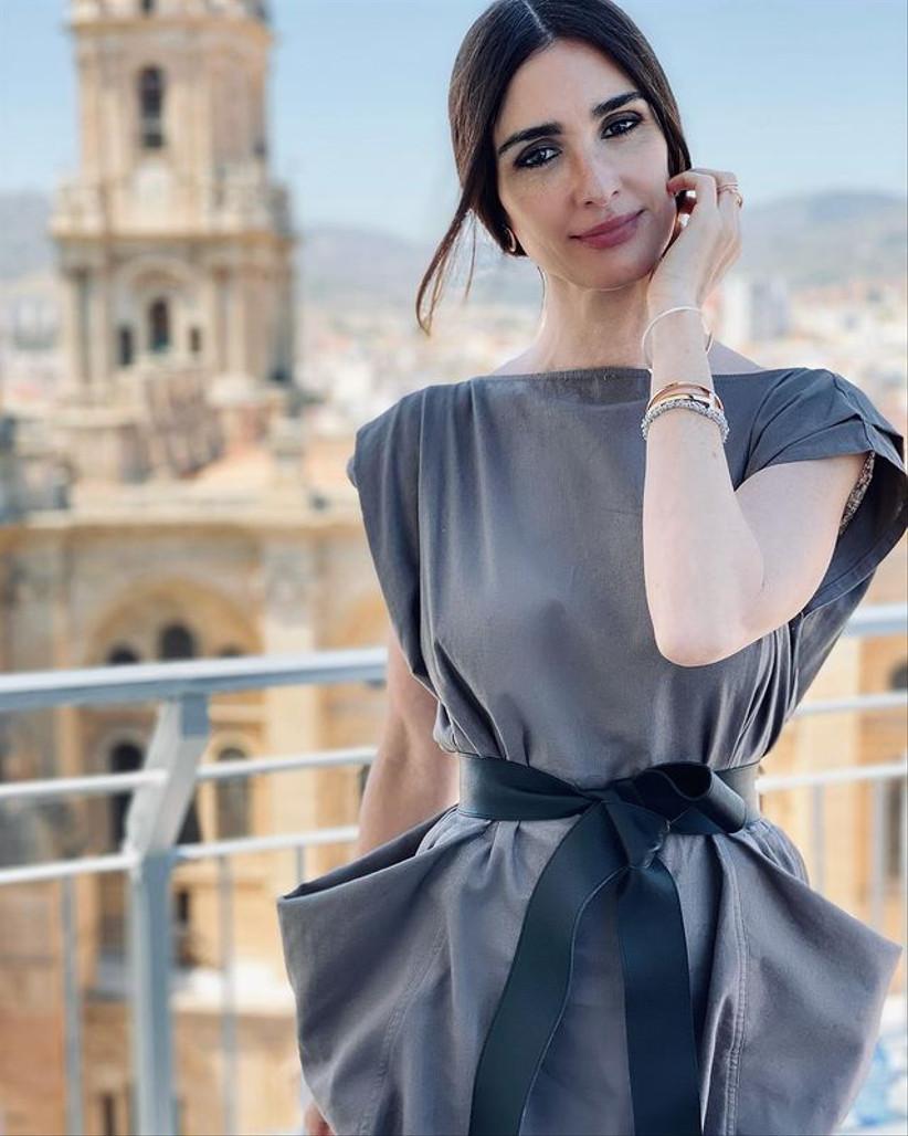 vestido de invitada original con bolsillos Inés Domecq 2021