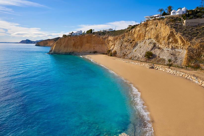 La playa del Bol Nou está entre las mejores playas de la Costa Blanca