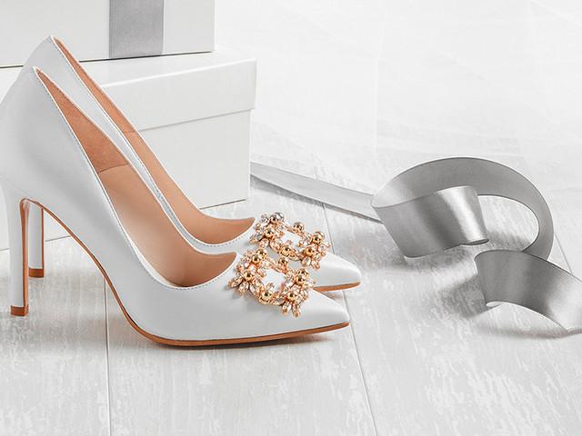 40 zapatos de novia para bodas de invierno
