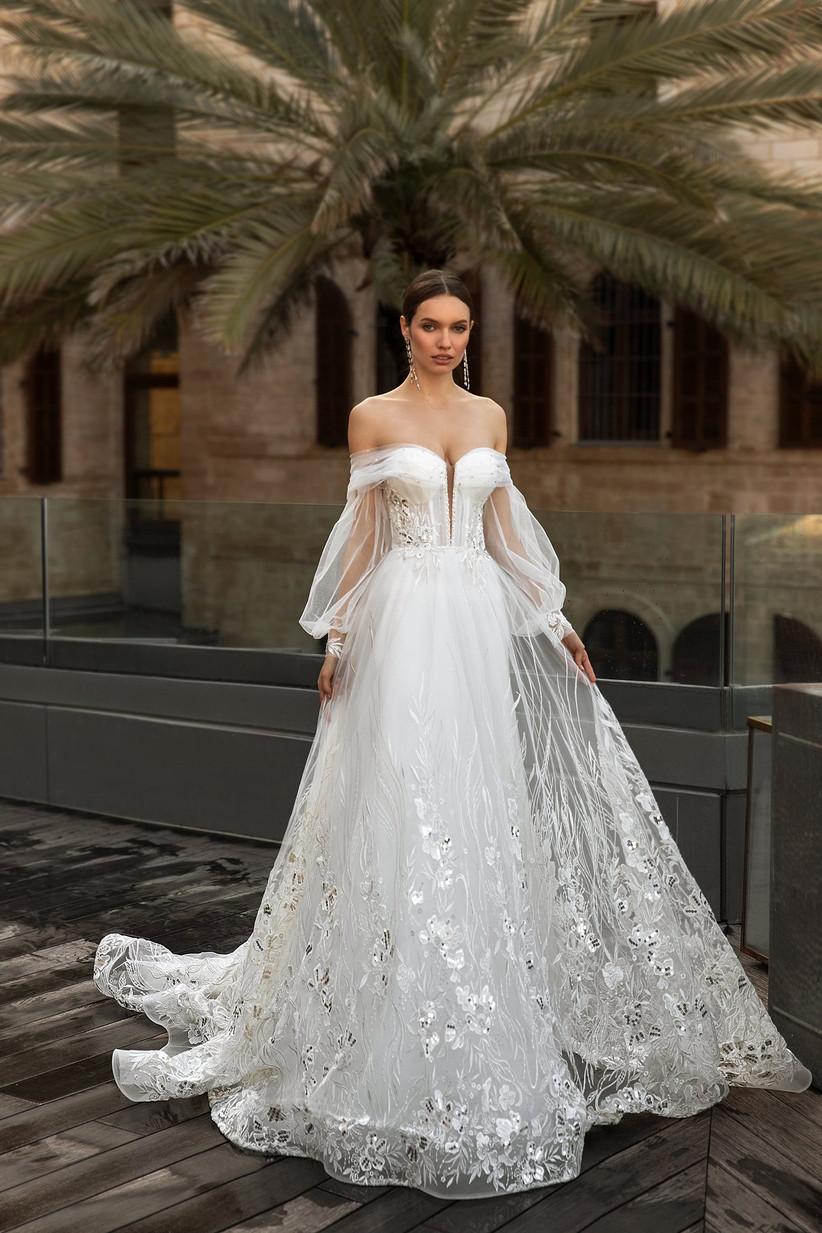 Vestido de novia con flores de encaje brillante de la colección Seduction, de Ida Torez 2021