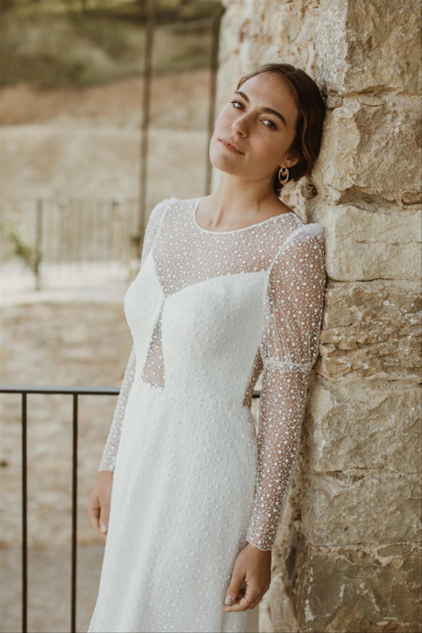Vestido de novia Zazil, de L'Avetis 2021, de corte en A y manga larga