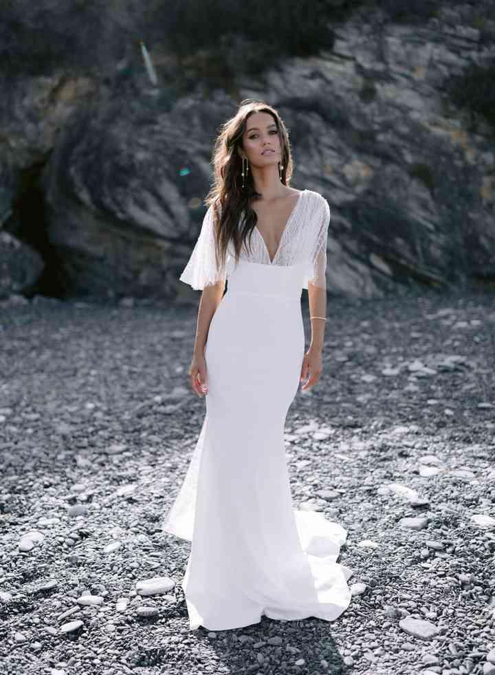 Vestido de novia sencillo con escote en V Rime Arodaky