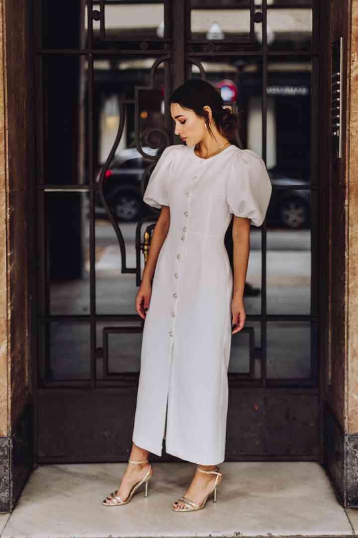 Vestido de novia sencillo con mangas abullonadas Apparentia