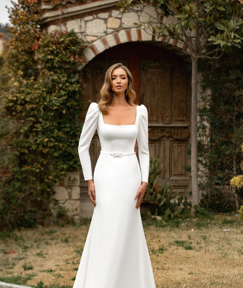 Vestidos de novia con escote cuadrado para el día de la boda
