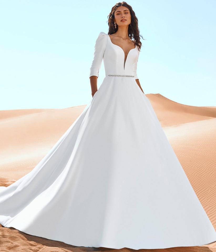 vestido de novia princesa de la colección Edén Pronovias 2022 con tejido ecológico ideal para las novias más naturales y sostenibles