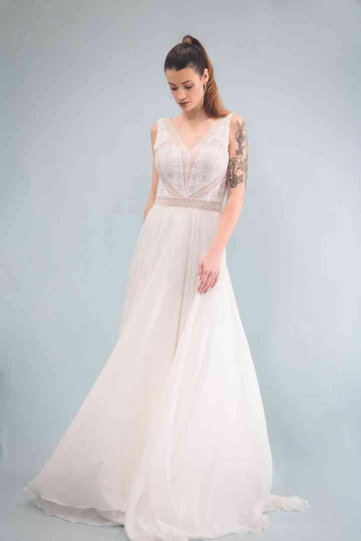 Vestido de novia sencillo muy liergo Khog