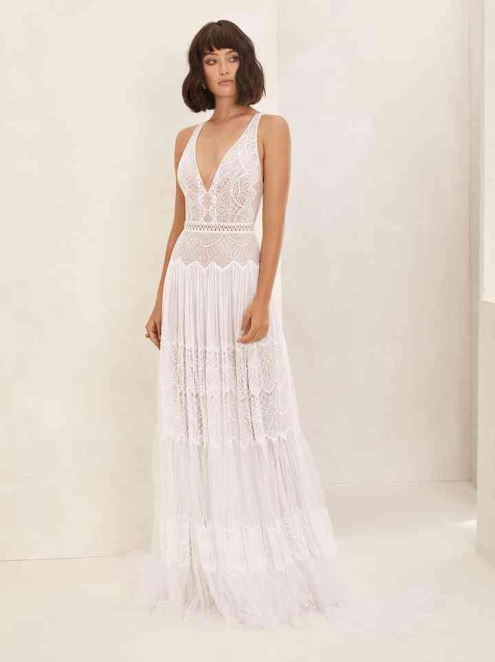 Vestido de novia sencillo de aire boho Flora