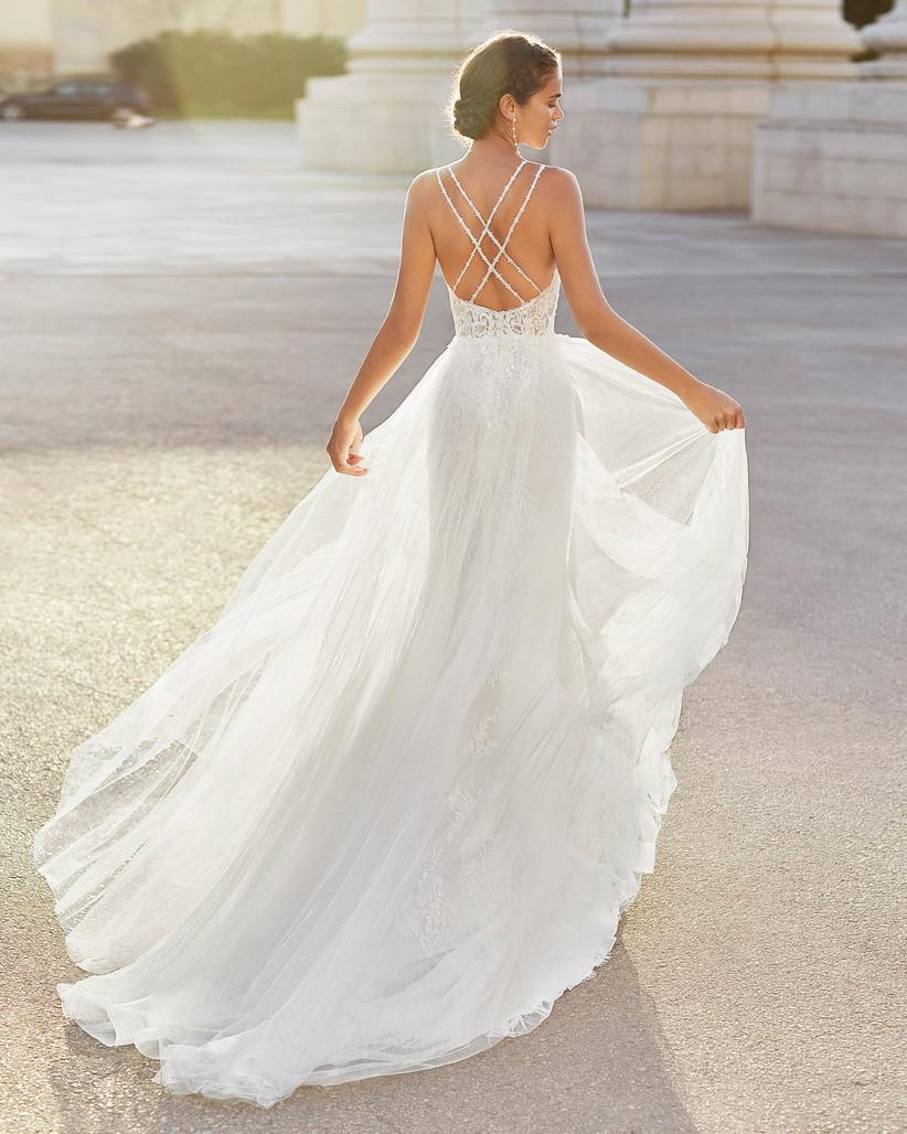 vestido de novia Luna Novias espalda con tirantes cruzados