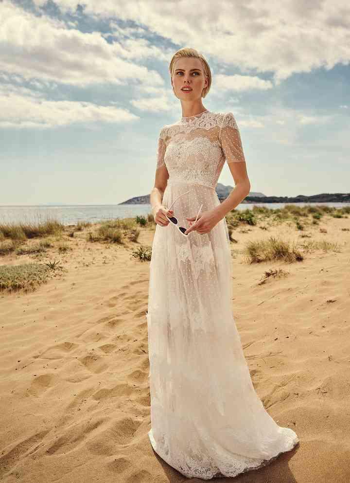 Vestido de novia sencillo con cuello redondo Costarellos