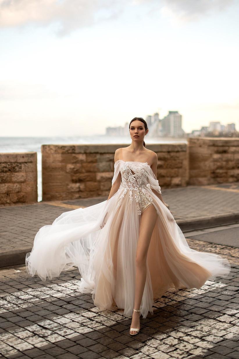 Vestido de novia muy sensual y con toques de color de la colección Seduction, de Ida Torez 2021