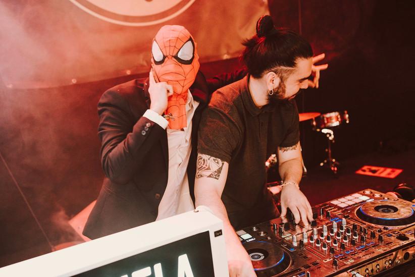 DJ animador para la fiesta de la boda