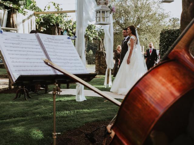 Música para bodas: 45 canciones para el aperitivo