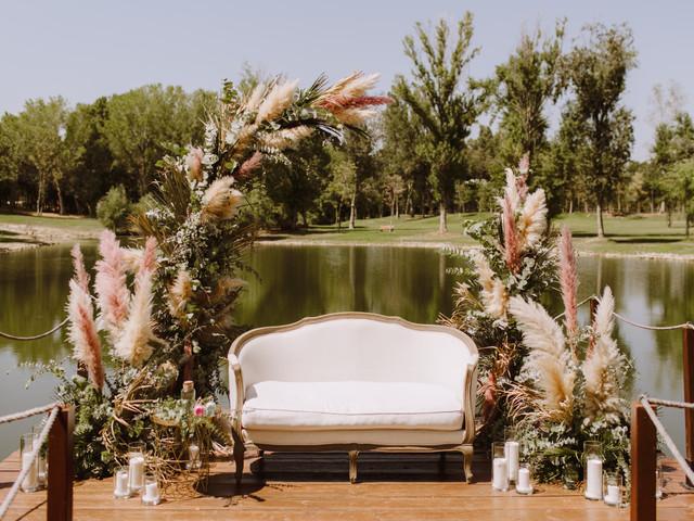 Las 10 cosas que necesitáis sí o sí para decorar una boda 'vintage'