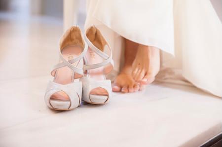 7 preguntas antes de comprar tus zapatos de novia
