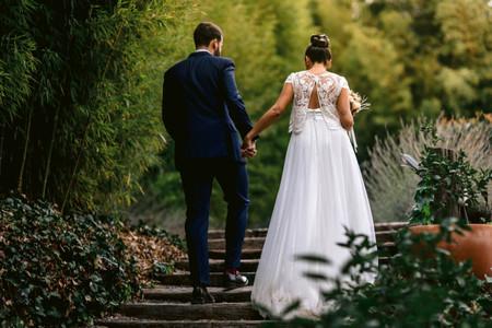 Moños altos para bodas: elige tu recogido ideal