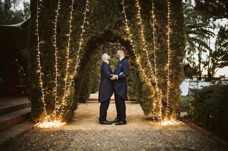 ¿Buscáis las mejores ideas para iluminar vuestra boda? Las guirnaldas de luces han llegado para quedarse