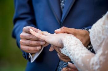 ¿Qué son las 'minimonias' y las bodas con secuela?
