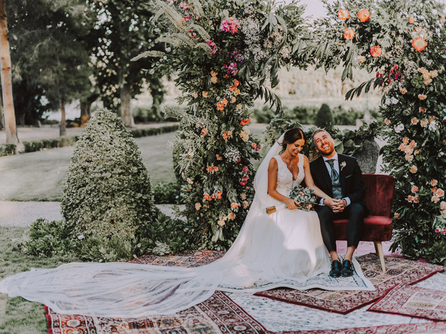 Arcos de flores para la decoración de la boda