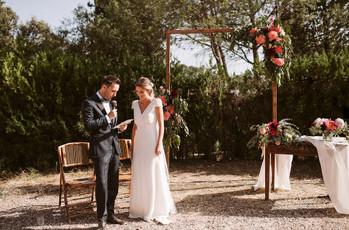 6 poemas de boda que cuentan vuestra historia de amor (para ceremonias 100% emotivas)