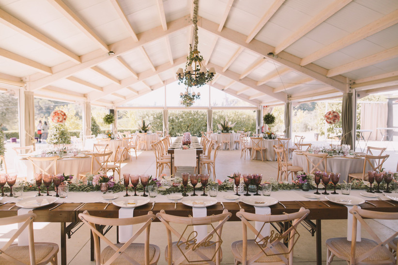 Banquete de boda en una carpa