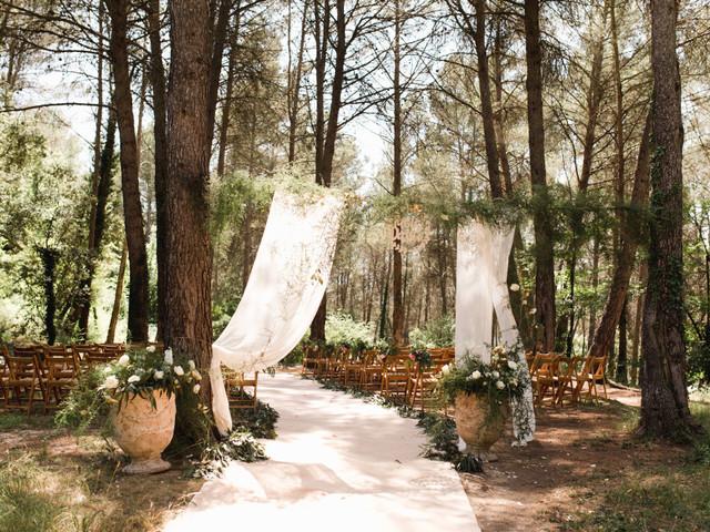 Descubrid por qué todo el mundo quiere casarse en una ceremonia en el bosque