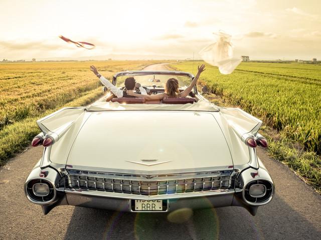 Contratar el coche de boda: todas las opciones