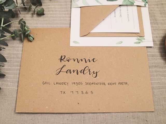 ¿Qué escribir en los sobres de las invitaciones de boda?