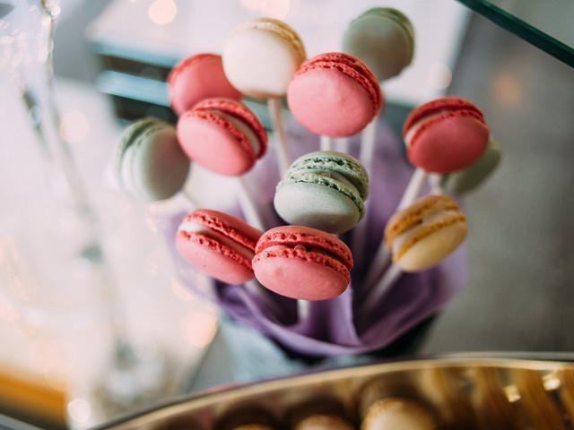 ¿Cómo calcular la cantidad de dulces para la boda?