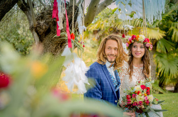Estos son los 12 poemas más románticos para leer en vuestra boda civil (¡coged los pañuelos!)