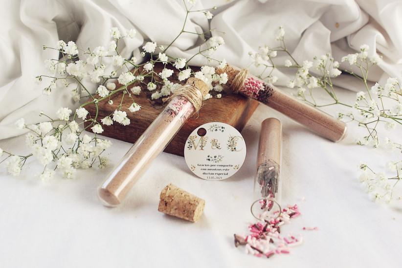 Tubos de chocolate instantáneo, perfectos como regalo de boda