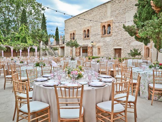 Ordenad las mesas del banquete con el organizador de mesas virtual