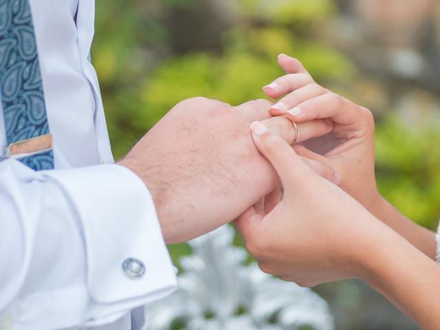 Todo el papeleo que necesitáis para casaros
