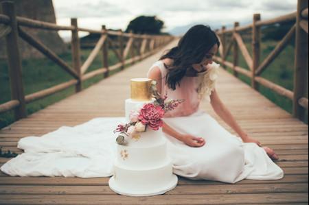 ¡Palabra de expertos! Estos es lo más nuevo en sabores y diseños para tartas de boda 2021