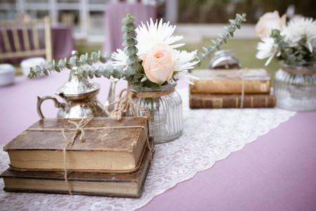 ¿Queréis incluir libros en la decoración de vuestra boda?
