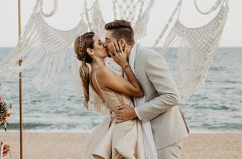 Las 50 mejores canciones para bodas en la playa: ¡dadle al play!