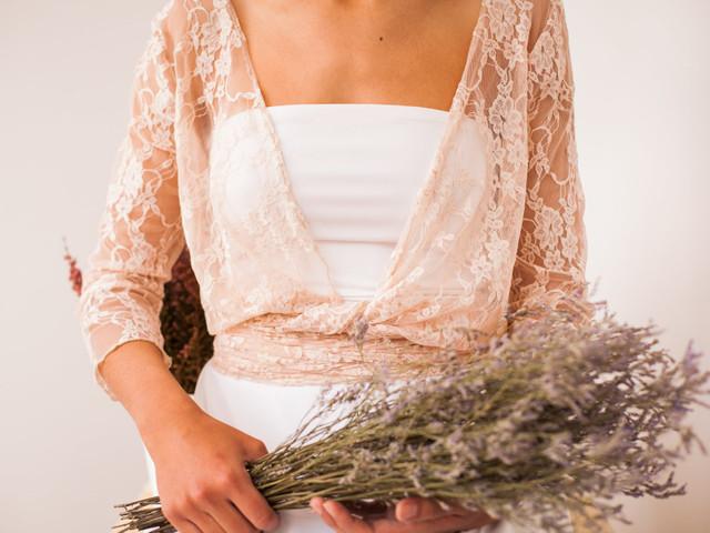 Bolero, el complemento ideal para tu vestido de novia