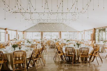 7 ideas para llenar de luz y vida el techo del banquete