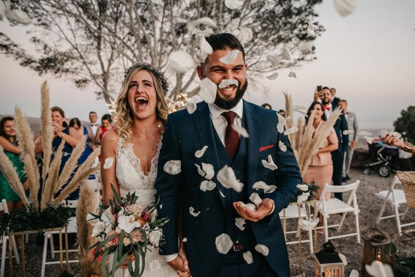 amor de pareja, salida de la ceremonia