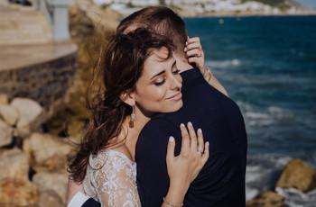 ¿Qué pendientes quedan mejor con cada peinado de novia?