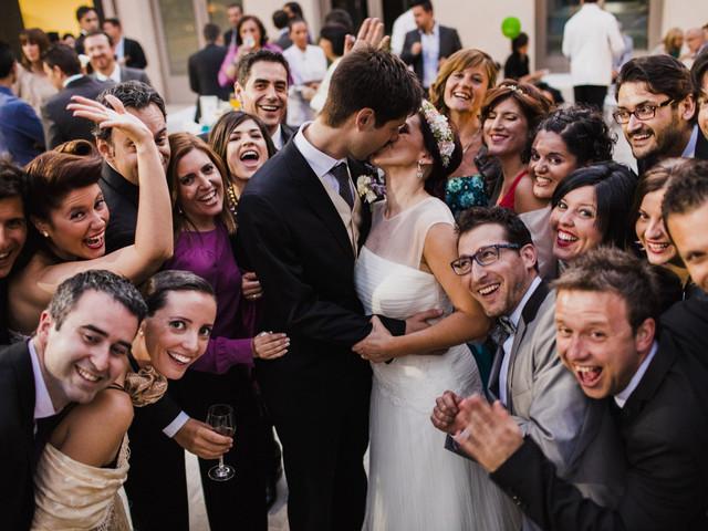 Invitados sin pareja: cómo disfrutar de la boda en soltería