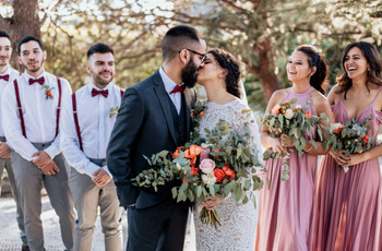 Estas son las fotos imprescindibles con vuestras damas de honor y 'best men' que no pueden faltar en el álbum de boda