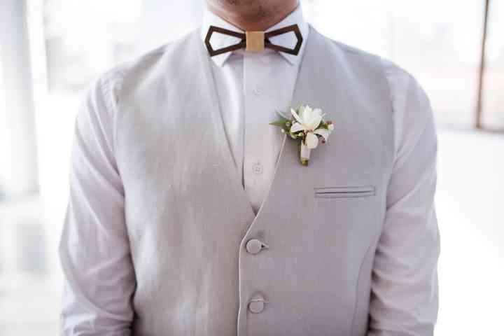 Prendido o boutonnière original el día de la boda