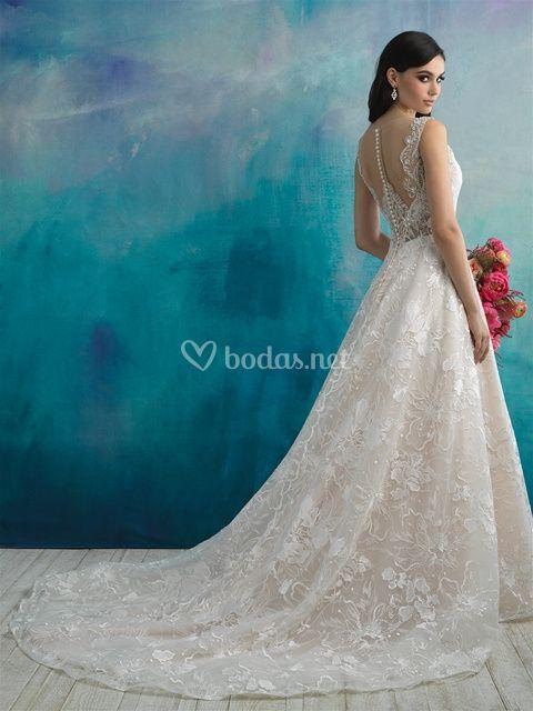 9512, Allure Bridals