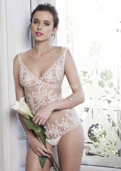 IB 2049, Ivette Bridal