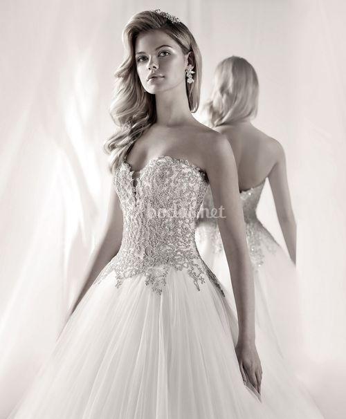 LXAB19018, Nicole Luxury