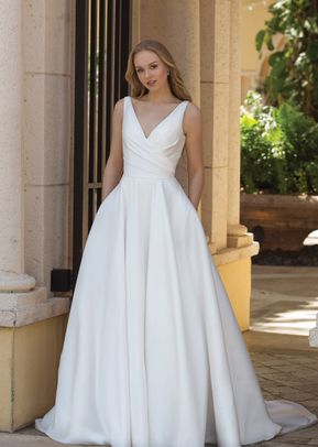 44080, Sincerity Bridal