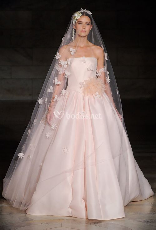 Pretty In Pink, Reem Acra