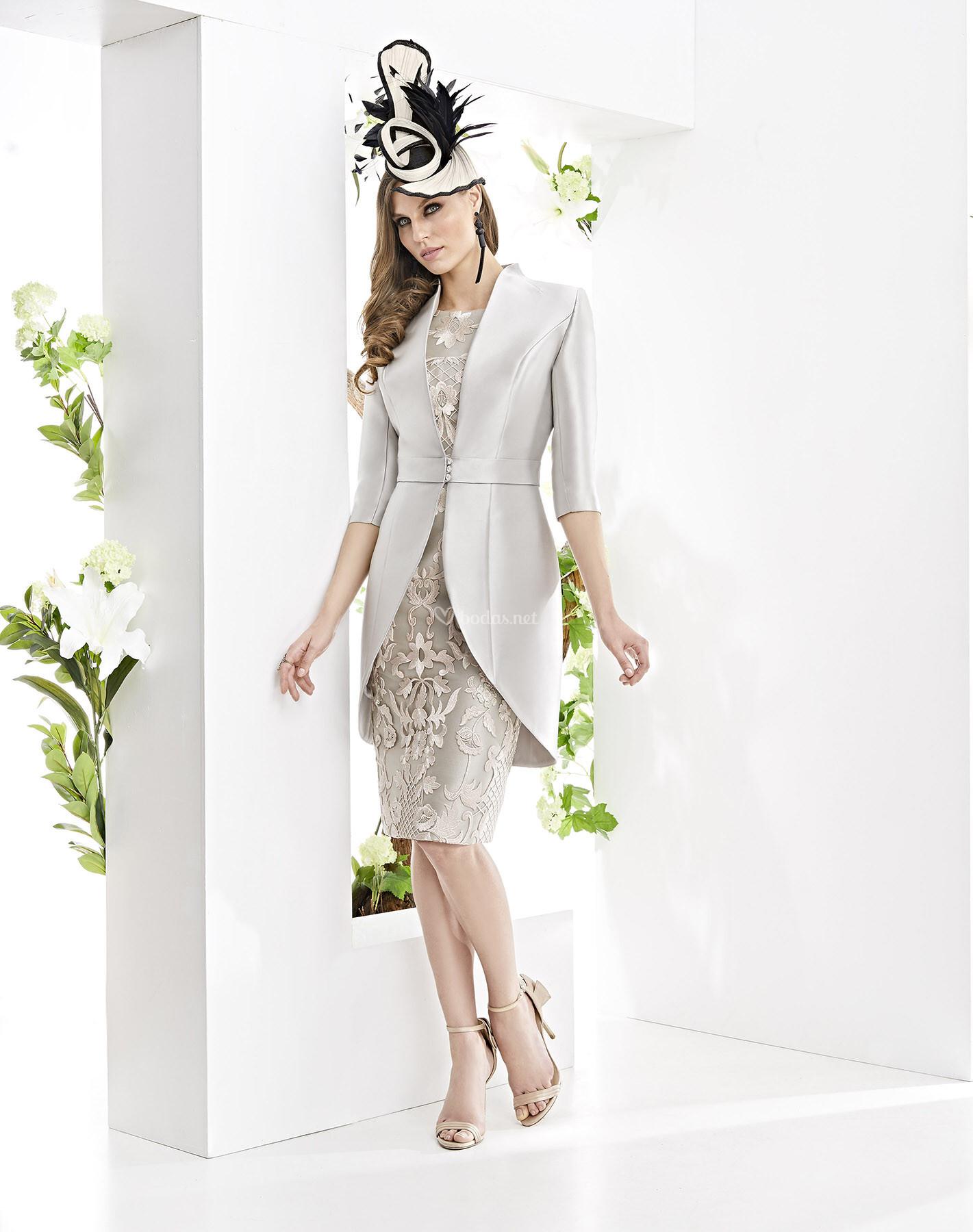 e3c81d7b Vestido de Madrina de Esthefan - LUJAN