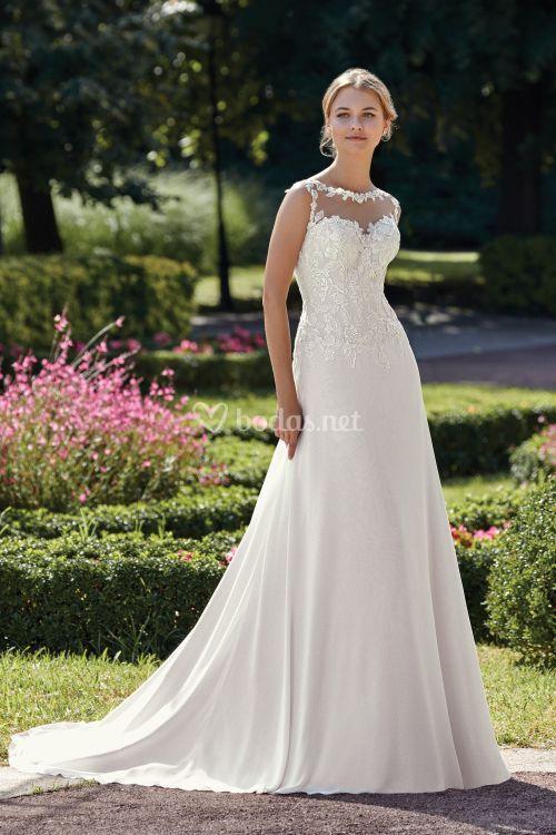 44145, Sincerity Bridal