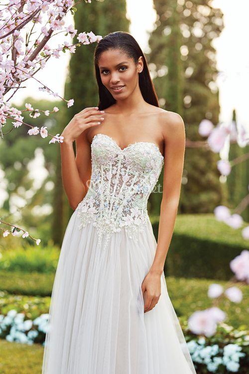 44174, Sincerity Bridal